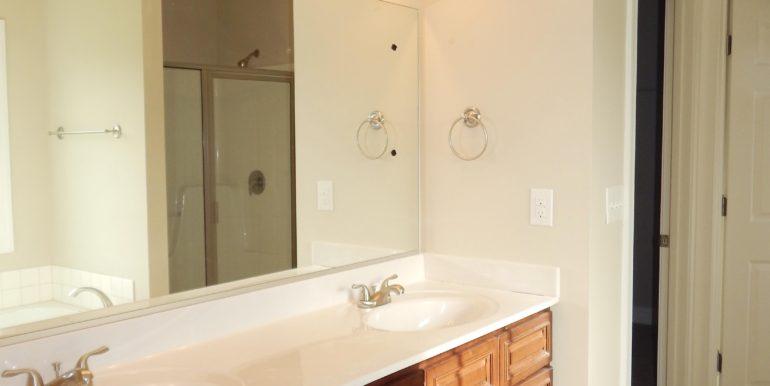 12 N Windsong Ct (Prestwyck) upstairs bath