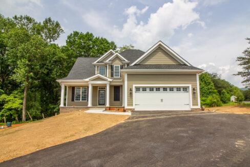 new home near roanoke