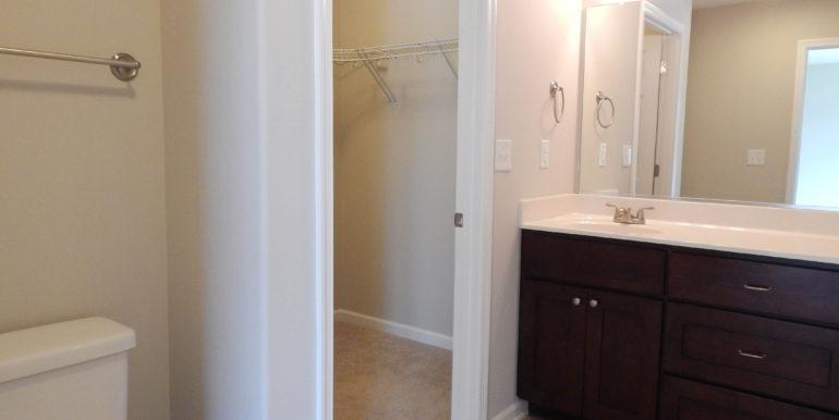 252 Oak Spring Ln (Jade) Full Bath Downstairs