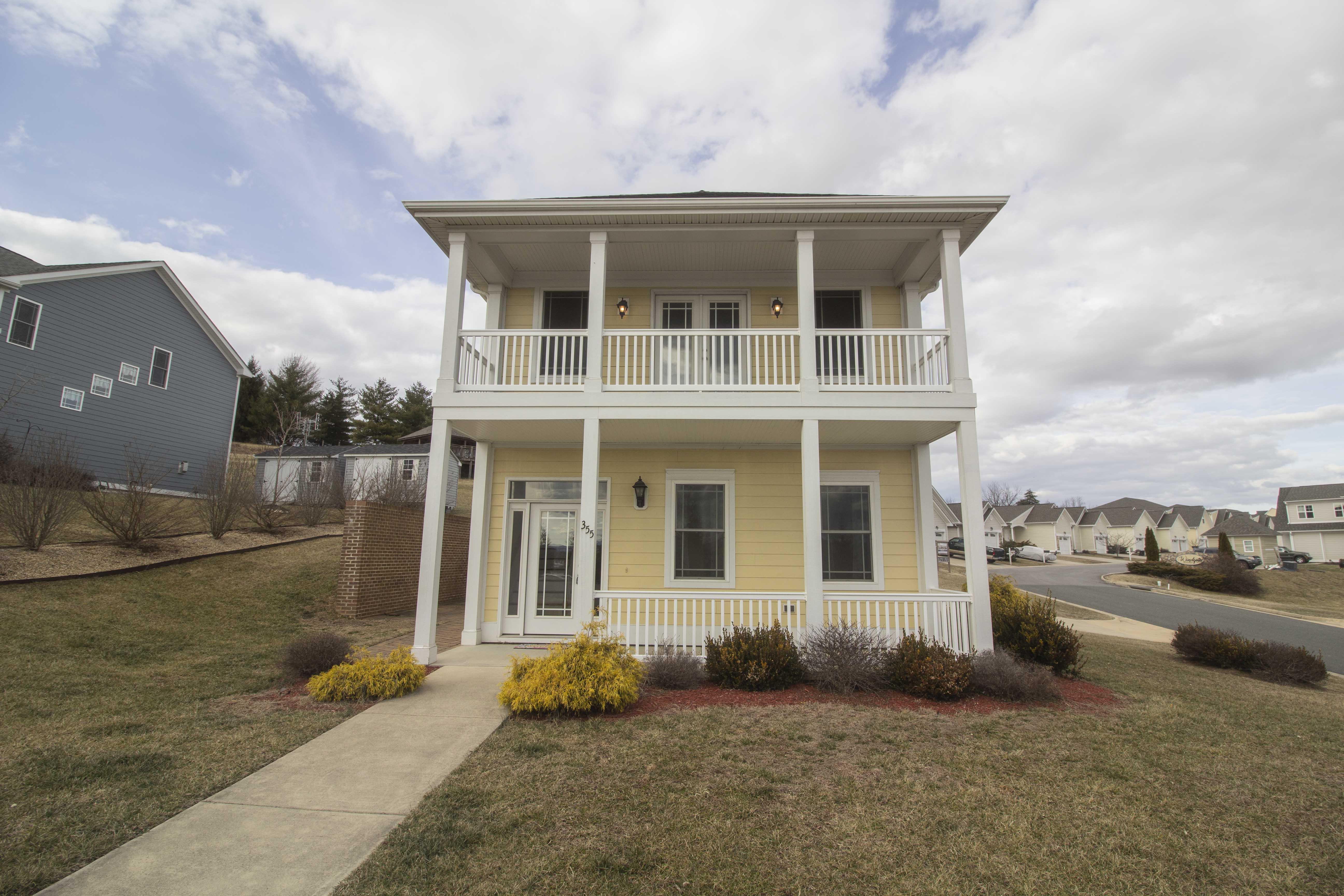 355 Windsor Drive, Fishersville, Virginia 22939