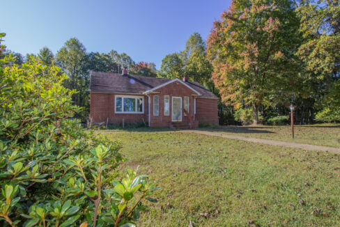 House for sale in buckingham County