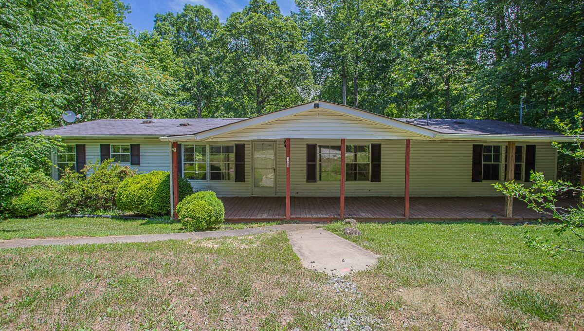 Home for Sale in Amherst_03