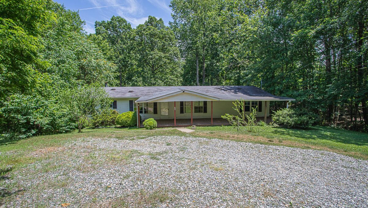 Home for Sale in Amherst_04