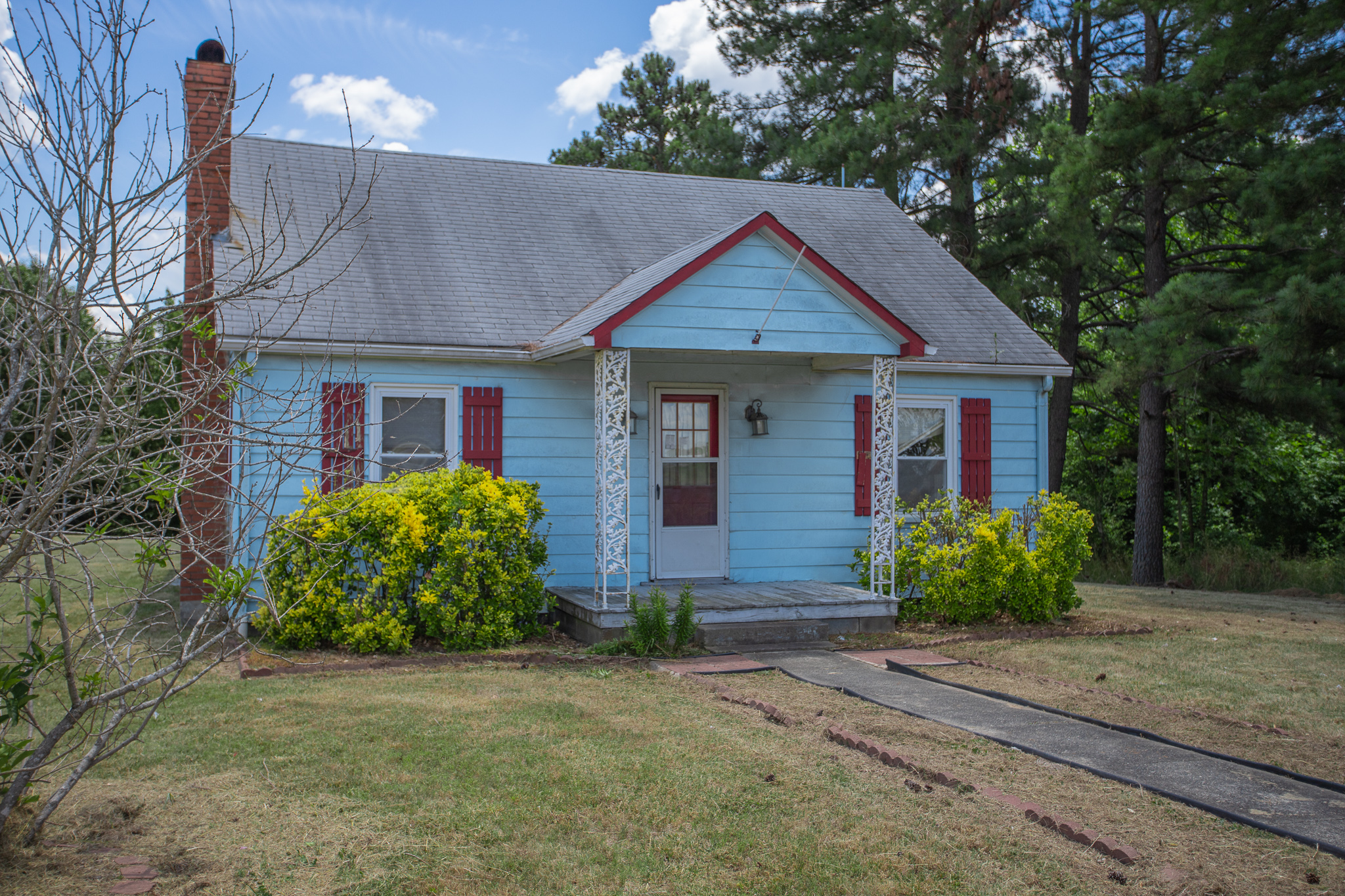 Adorable Home with Large Shop, 8118 James D Hagood Hwy in Scottsburg