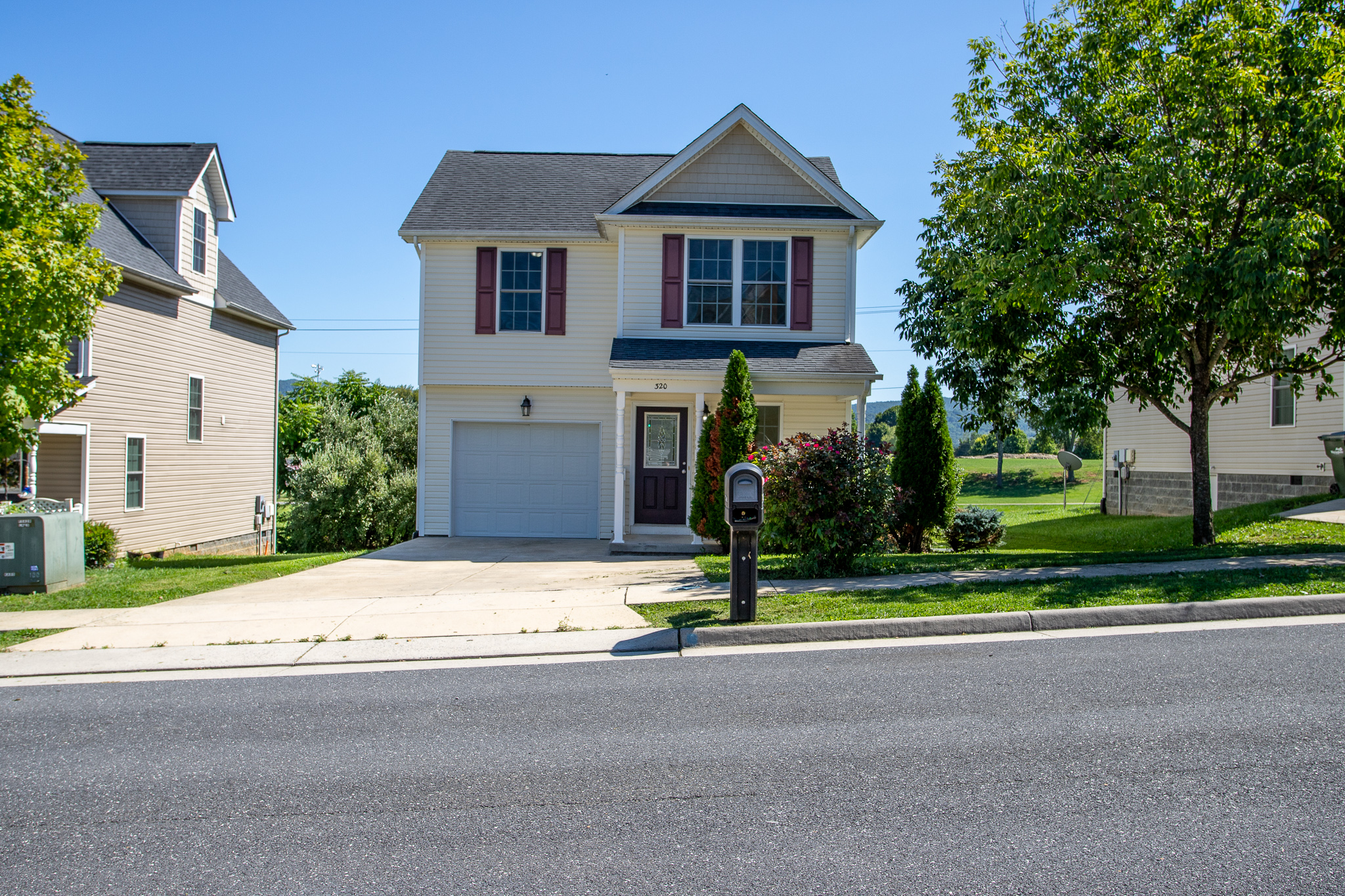 Waynesboro Home with a Beautiful Interior! 320 Overview Street